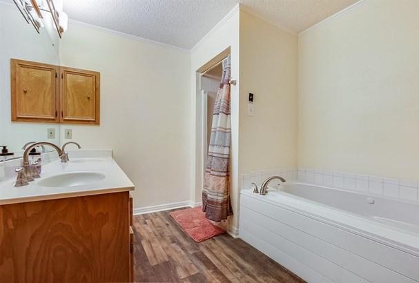 11873 Gholson Rd, Waco, TX - USA (photo 4)