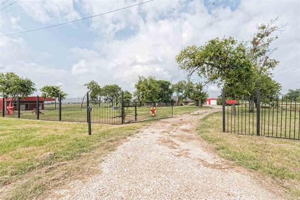 2590 Southwinds Dr, Lorena, TX - USA (photo 1)