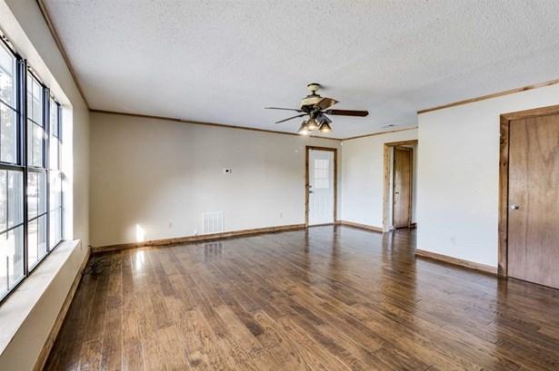 4896 Ross Rd, Waco, TX - USA (photo 3)