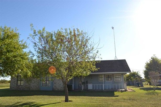 706 Casey Rd, West, TX - USA (photo 1)