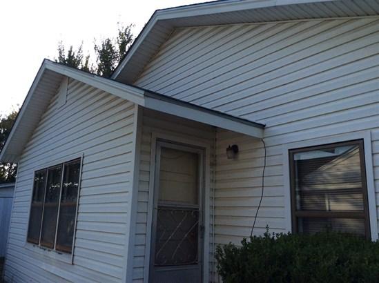 919 S Adams, Mcgregor, TX - USA (photo 4)