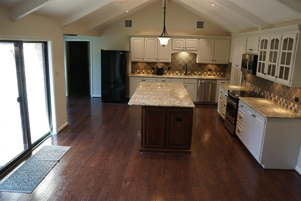 8605 Oakdale Dr, Woodway, TX - USA (photo 2)