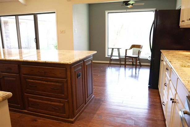 8605 Oakdale Dr, Woodway, TX - USA (photo 4)