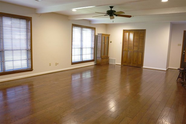 8605 Oakdale Dr, Woodway, TX - USA (photo 5)