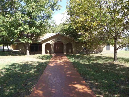 612 W Highland Dr, West, TX - USA (photo 1)