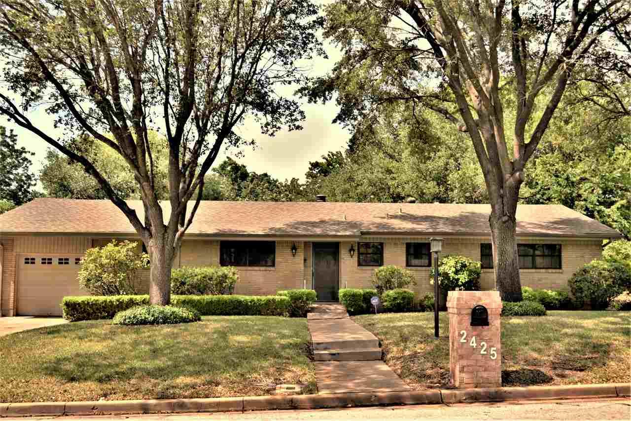 2425 Skyline Drive, Waco, TX - USA (photo 1)