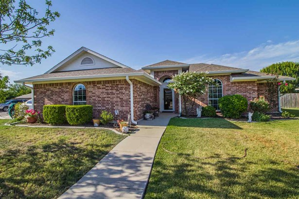 125 W Jade Dr, Hewitt, TX - USA (photo 1)