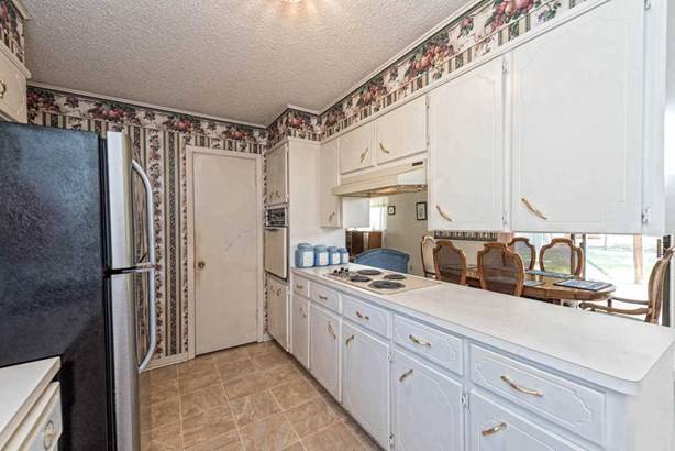 115 S Norma, Lacy Lakeview, TX - USA (photo 2)