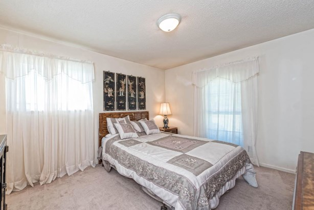 115 S Norma, Lacy Lakeview, TX - USA (photo 5)