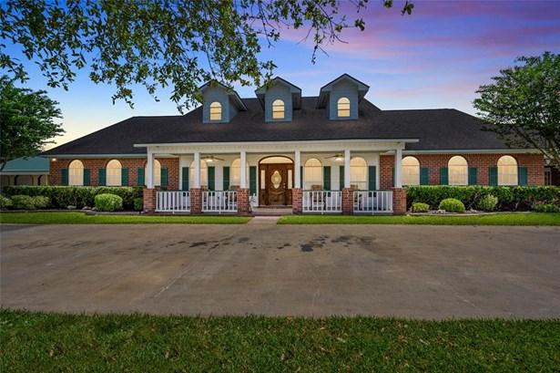 Ranch, Single-Family - Needville, TX