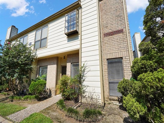 Townhouse Condominium, Traditional - Houston, TX