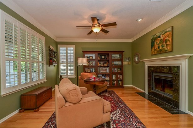 47 N Cochrans Green Cir, The Woodlands, TX - USA (photo 4)