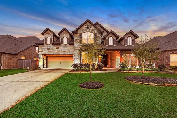 Traditional, Single-Family - Tomball, TX