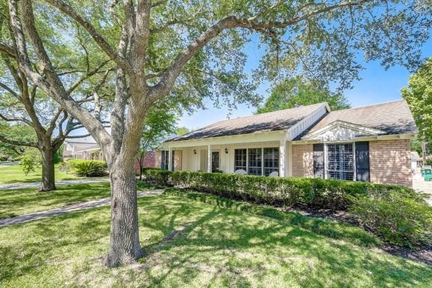 9022 Marlive Ln, Houston, TX - USA (photo 5)