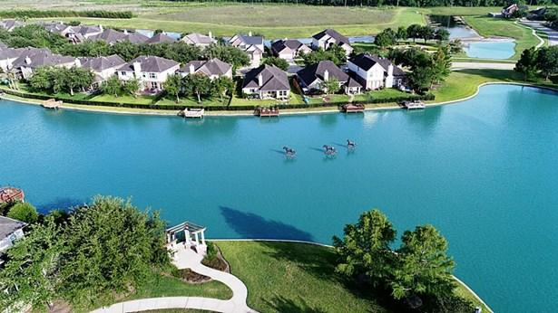 8311 Golden Harbour, Missouri City, TX - USA (photo 2)