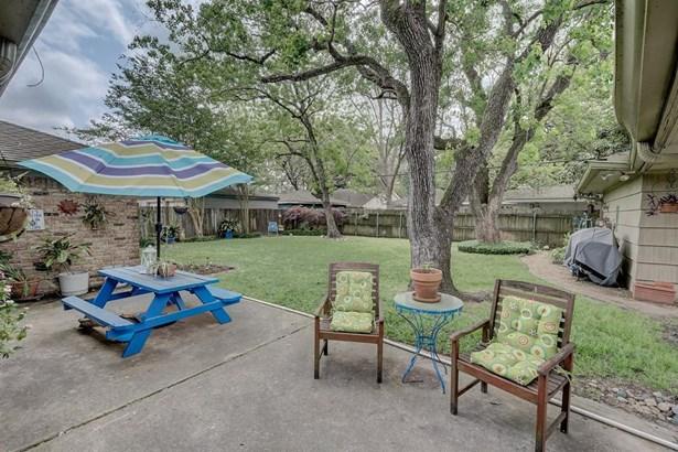 5735 Dumfries Dr, Houston, TX - USA (photo 3)