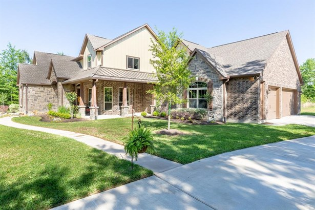 Traditional, Single-Family - Montgomery, TX
