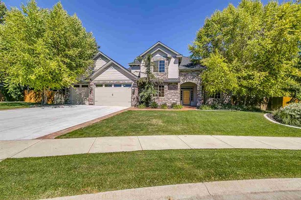 Single Family - Eagle, ID