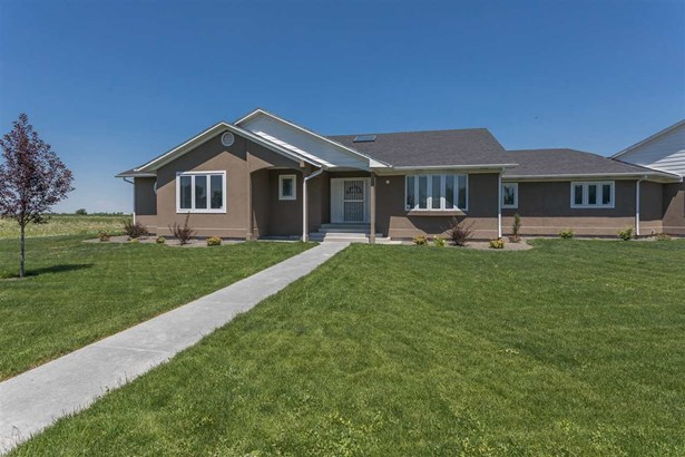 Single Family w/ Acreage - Nampa, ID (photo 3)
