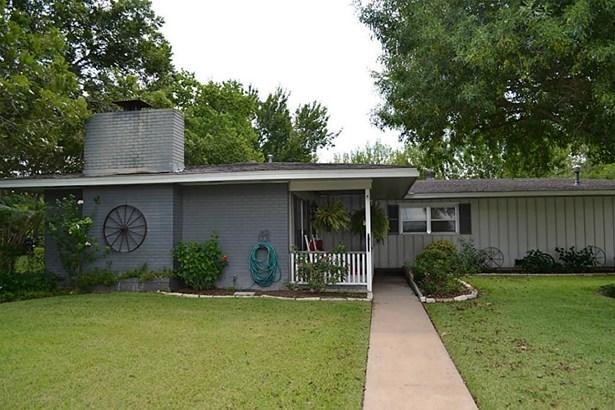 509 Park, Weimar, TX - USA (photo 5)