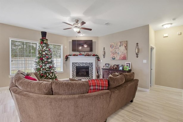 375 Westlake Terrace, Conroe, TX - USA (photo 4)