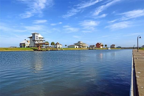 2117 Laguna Harbor Cove, Port Bolivar, TX - USA (photo 4)