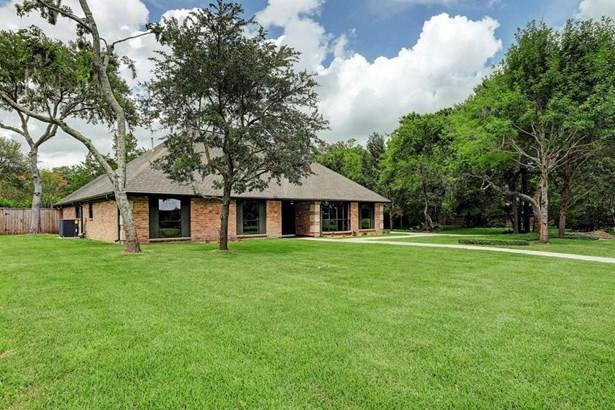 5 Earlham, Friendswood, TX - USA (photo 2)
