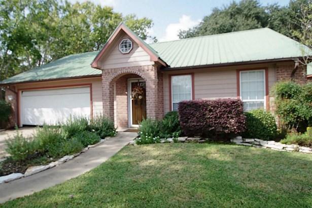 867 Tangle Oaks, Bellville, TX - USA (photo 1)