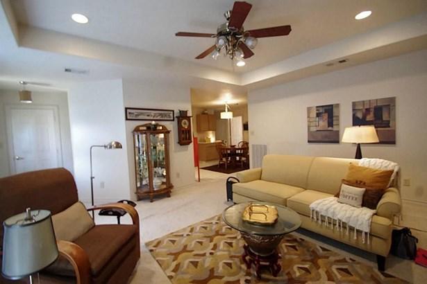 867 Tangle Oaks, Bellville, TX - USA (photo 3)