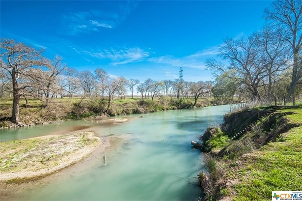 1345 Martindale Falls, Martindale, TX - USA (photo 2)