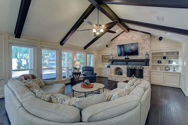11009 N Millbend, The Woodlands, TX - USA (photo 2)