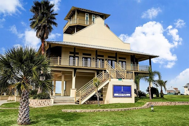 1804 Laguna Harbor Estate, Port Bolivar, TX - USA (photo 3)
