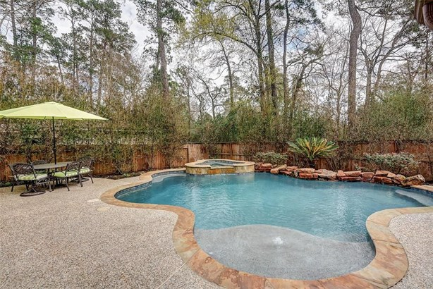 131 Maple Path, The Woodlands, TX - USA (photo 2)