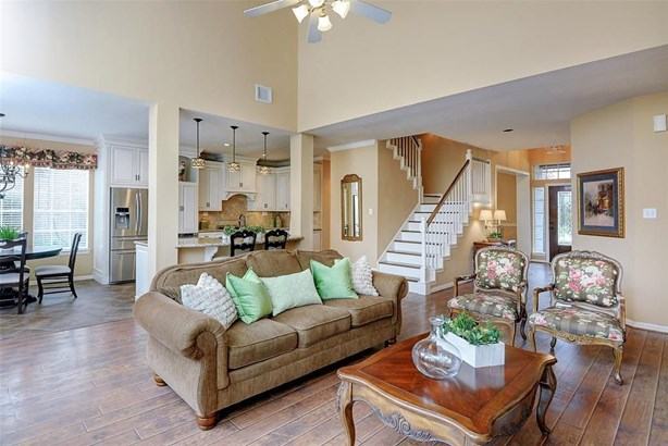 131 Maple Path, The Woodlands, TX - USA (photo 3)