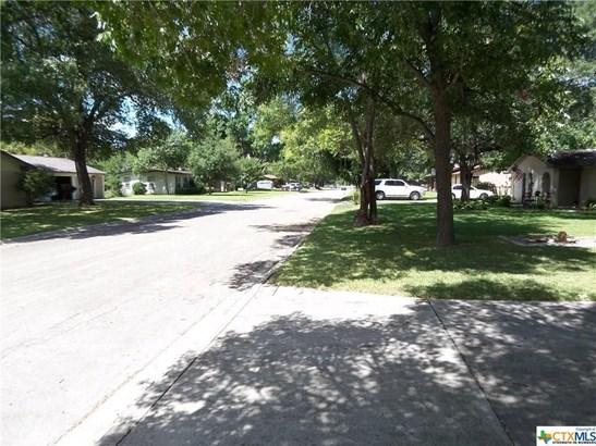 1426 Dove, Seguin, TX - USA (photo 3)