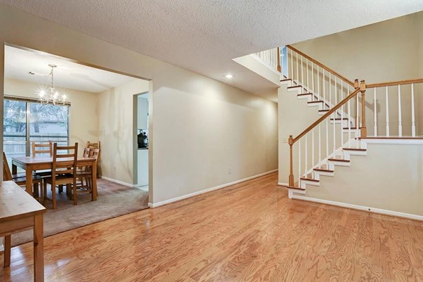 139 W Village Knoll, The Woodlands, TX - USA (photo 2)