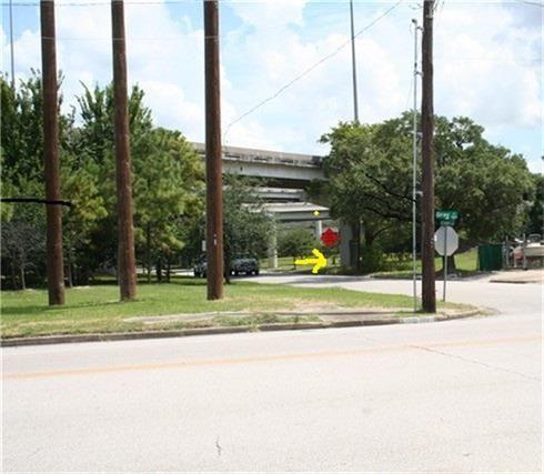 2013 Saint Emanuel, Houston, TX - USA (photo 1)