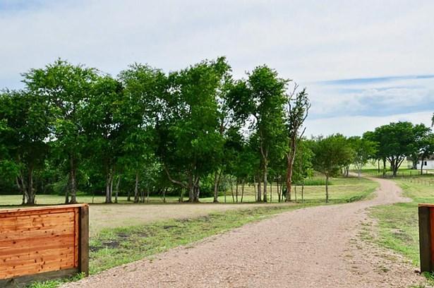 1450 Ne Fm 2502, Burton, TX - USA (photo 4)