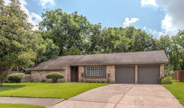 2116 Cedar, Pearland, TX - USA (photo 2)