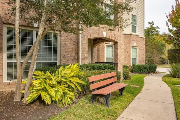 6607 Lake Woodlands 221, Spring, TX - USA (photo 3)