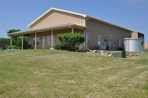 5401 Trackside, Chappell Hill, TX - USA (photo 4)