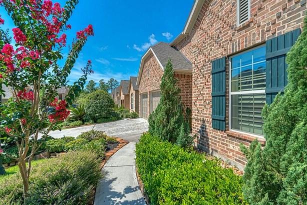 8831 Van Allen, The Woodlands, TX - USA (photo 2)