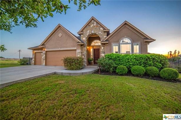 662 Laurel, Seguin, TX - USA (photo 1)