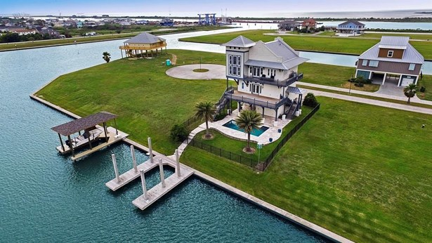 1820 Laguna Harbor Cove, Port Bolivar, TX - USA (photo 3)