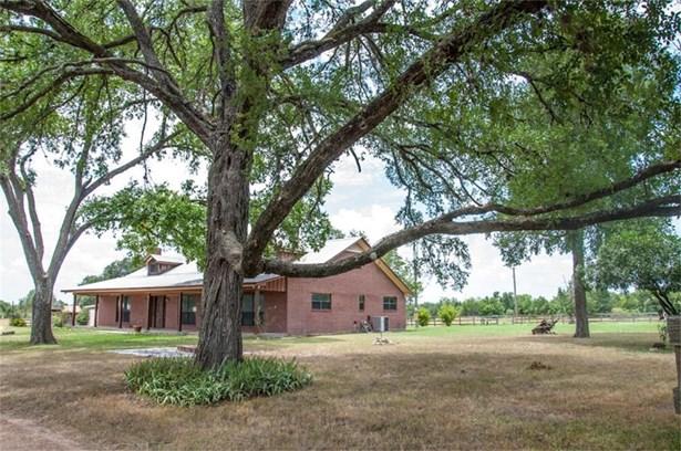 1828 East Highway 71, La Grange, TX - USA (photo 1)