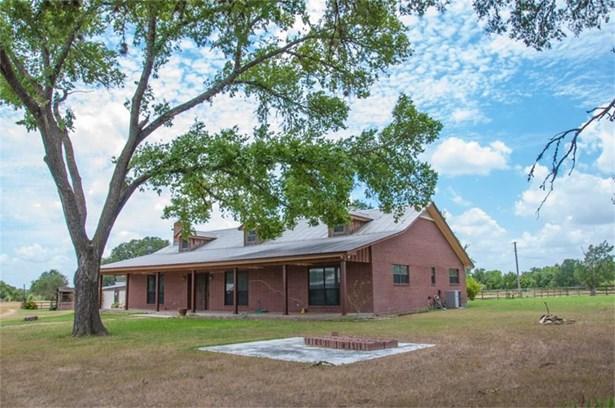 1828 East Highway 71, La Grange, TX - USA (photo 2)