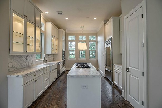 70 Wooded Park, The Woodlands, TX - USA (photo 1)