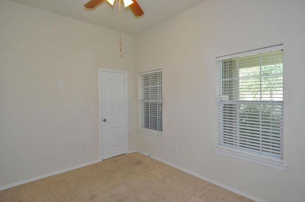 3901 Pennyoak, Pearland, TX - USA (photo 5)