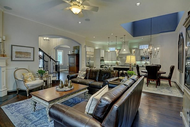 2707 Lake Front, The Woodlands, TX - USA (photo 2)