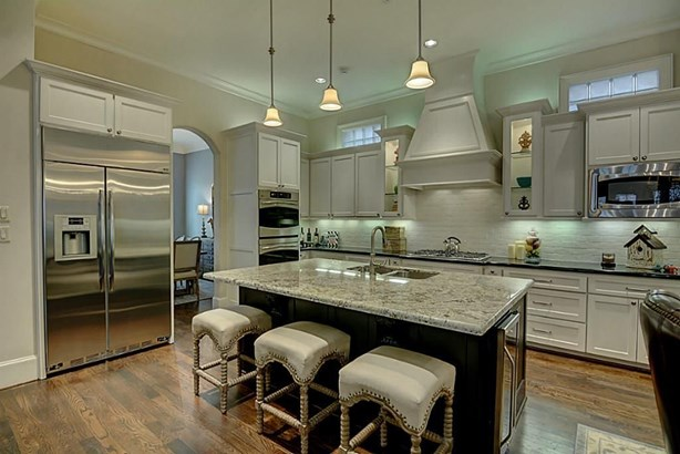 2707 Lake Front, The Woodlands, TX - USA (photo 3)